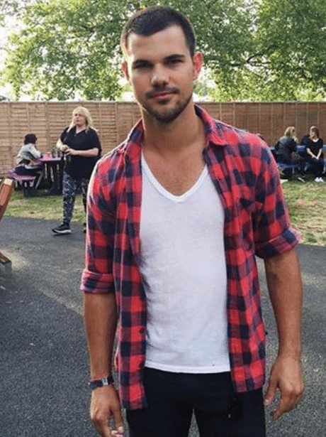 celeb taylor lautner in plain shirt looking hot