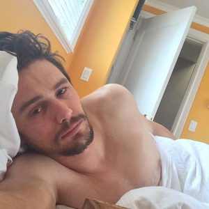 hot pic of james franco taking a selfie in bed with his shirt off