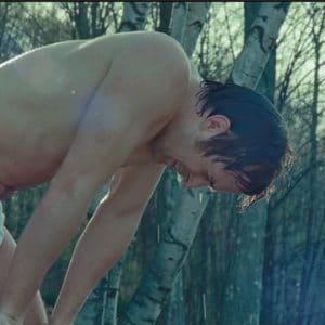 stud ryan gosling shows off his bulge in underwear