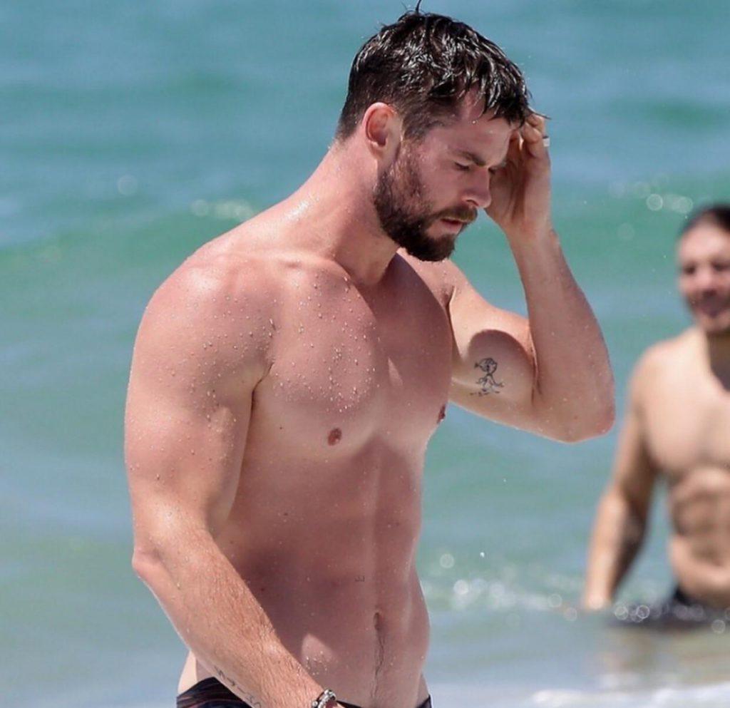 Chris Hemsworth beach body
