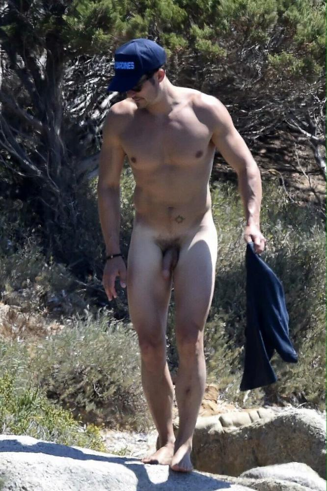 Orlando Blooms Beautiful Naked Cock Uncensored-5286