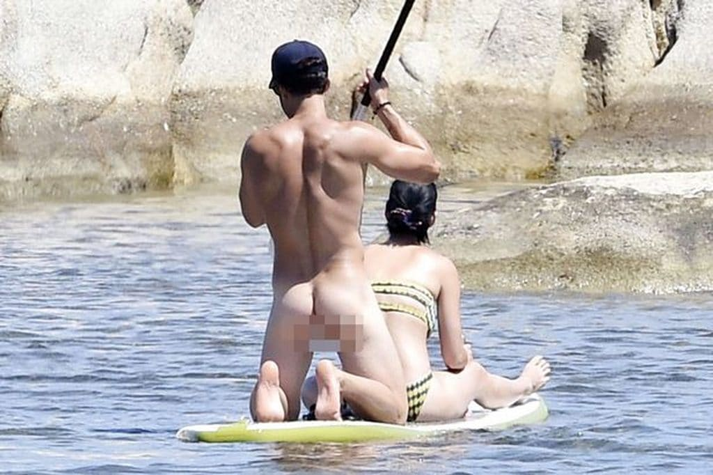 Orlando Bloom naked with Katy Perry (censored)