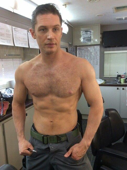 Tom Hardy naked pics leaked