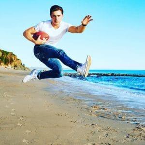 Zac Efron Men's Fitness magazine (4)