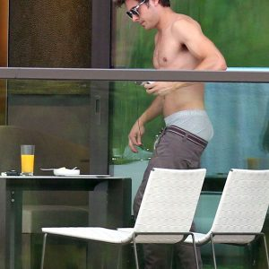 Zac Efron Nude Video 91