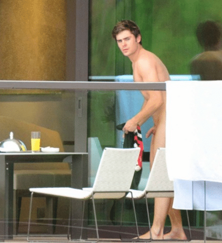 zac efron caught with his dick out leaked pic