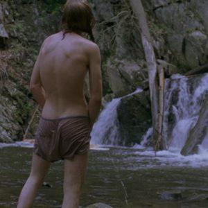 actor brad pitt taking a piss