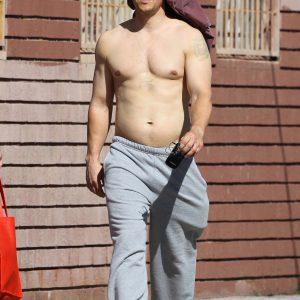 Mark Wahlberg penis bulge