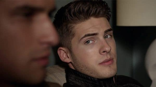 delicious actor cody christian playing theo raeken and looking fucking hot