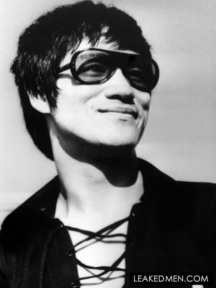 Bruce Lee in sunglasses