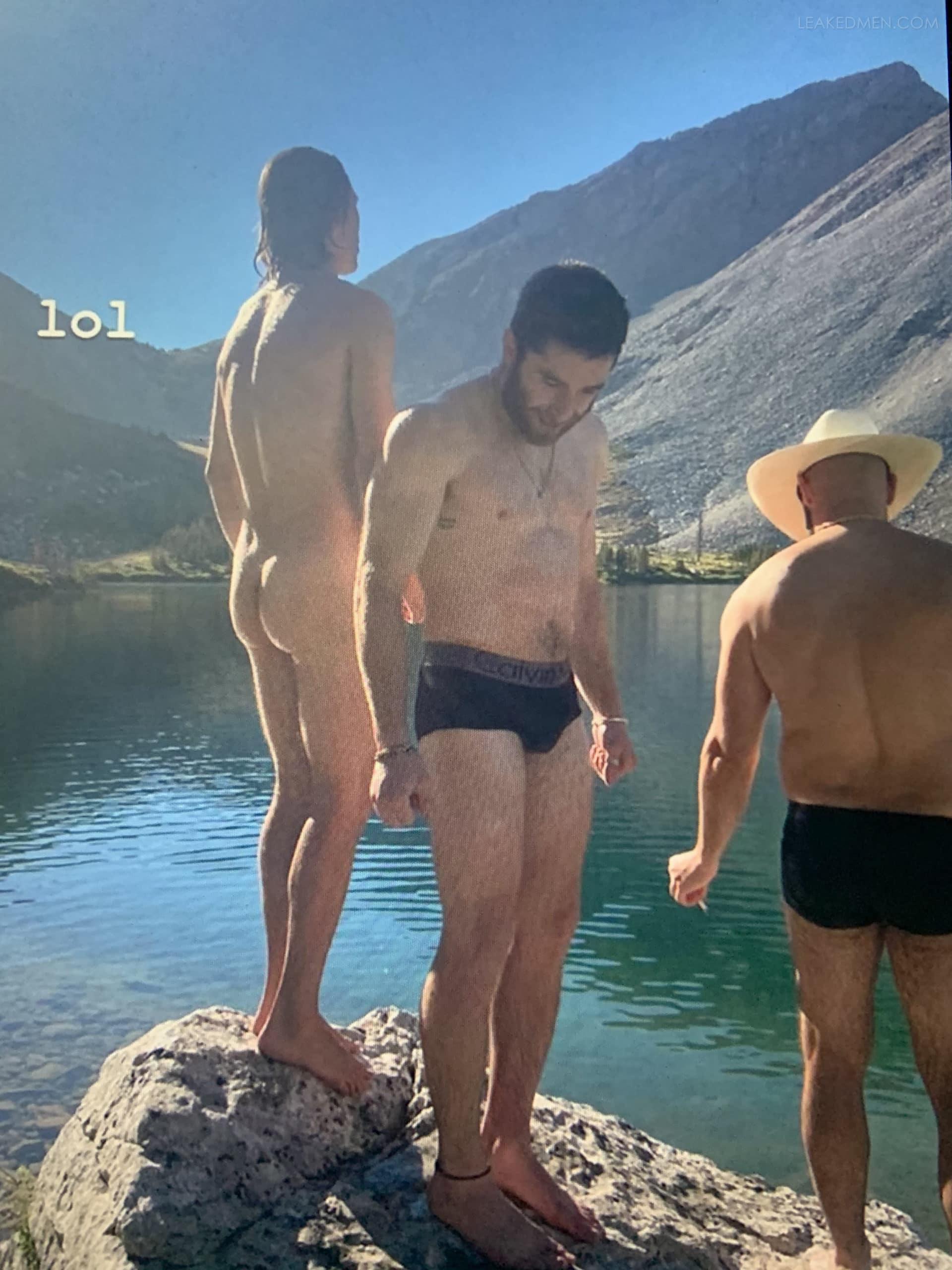 Naked ansel elgort Ansel Elgort