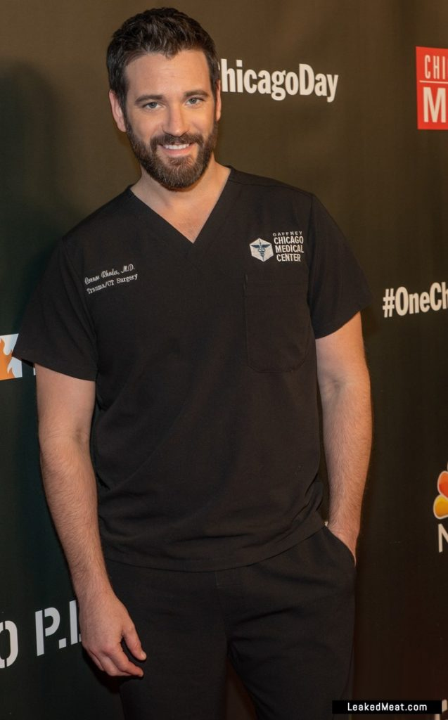 Colin Donnell hot