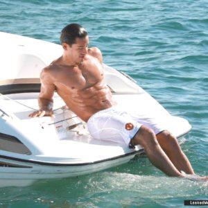 Mario Lopez full frontal